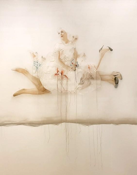 Circus Vivendi, de l'artiste Marie-Pierre Lortie, Oeuvre techniques mixtes sur soie, Création unique, dimension 48 x 46 pouces de largeur, vue A
