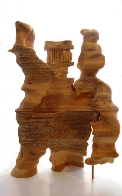 Forage, de l'artiste Claudia Côté, Sculpture, bois, pin, aggloméré et cuivre, Création unique, dimension : 14.5 x 21 x 11 pouces