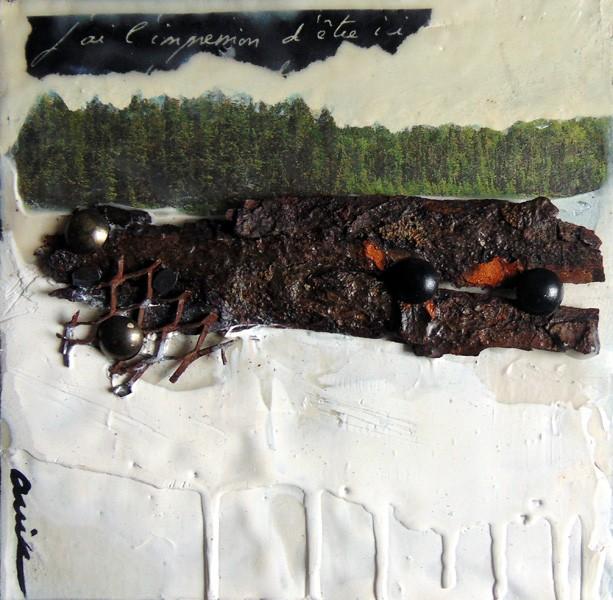 L'impression d'être ici, de l'artiste Anik Lachance, Tableau, Techniques mixtes sur bois, Collage, écorce, clous de finition, encaustique, Création unique, dimension : 6 x 6 po de largeur