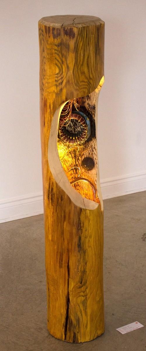 Jumelle 2 (moteur), de l'artiste Bernard Hamel, Sculpture, bois et cuivre, Création unique, dimension : 152 x 20 x 20 cm