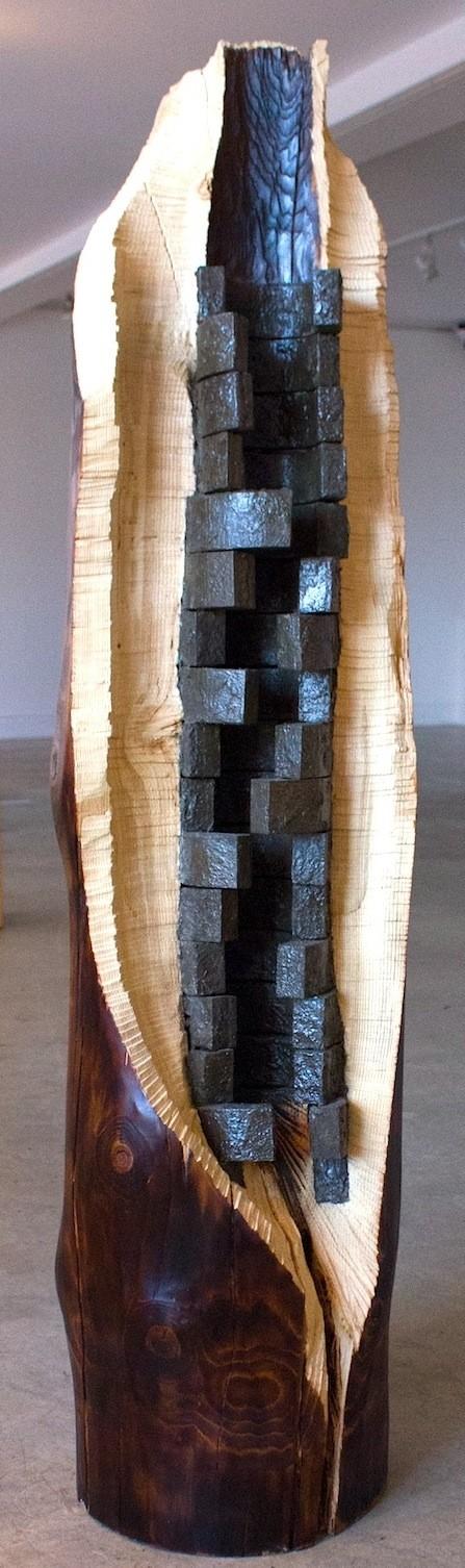 Structure interne, de l'artiste Bernard Hamel, Sculpture, bois et ciment, Création unique, dimension : 180 x 60 x 60 cm