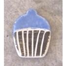 Aimant, # 48, Crème molle violette, de l'artiste Créations Ratté, medium : céramique, décoration objet cuit à très haute température