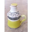 Bouteille à sirop d'érable, # 13, de l'artiste Créations Ratté, medium : céramique, objet utilitaire cuit à très haute température, résistant au four, au micro-onde et au lave-vaisselle