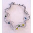 Collier LIANE PERLÉE argent, no 108, de l'artiste Sandrine Giraud, Paris, Ce bijou modulable, toujours original, marie avec élégance la grâce des perles avec l'originalité des lignes résolument contemporaines.