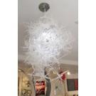 Lampe Éliza blanche, des artistes Véronique et Vincent, dimension : 29 x 17 pouces de largeur, Objet de design