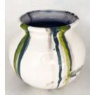 Vase baquet no 13, de l'artiste Nancy Lavigueur, Poterie utilitaire semi-porcelaine, dimension : 5.5 pouces de hauteur, pièce vendue à l'unité