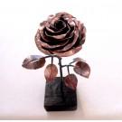 Rose no 8, de l'artiste Denis Lebel, Sculpture, Cuivre, base en bois, Création unique vue B