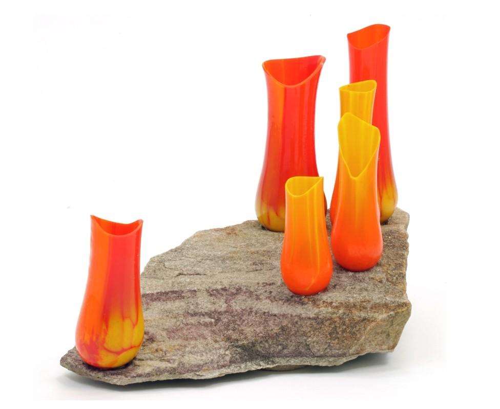 Un nouveau départ, de l'artiste Lucie Martineau (Enora), Sculpture, Verre et pierre, Création unique, dimension : 6 x 10 x 5.5 po