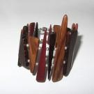 Bracelet, no 50, de l'artiste Le Forestier, Bijou fait de bois mixte, Fermeture aimantée