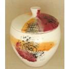Contenant, no 4, de l'artiste Nancy Lavigueur, en semi-porcelaine, pièce vendue à l'unité