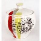 Contenant, no 2, de l'artiste Nancy Lavigueur, en semi-porcelaine, hauteur 4 po, pièce vendue à l'unité, vue A