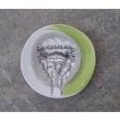 Repose-cuiller, no 24, de l'artiste Nancy Lavigueur, utilitaire en porcelaine, dimension : 15.5 pouces de circonférence, 4.75 pouces de diamètre, pièce vendue à l'unité